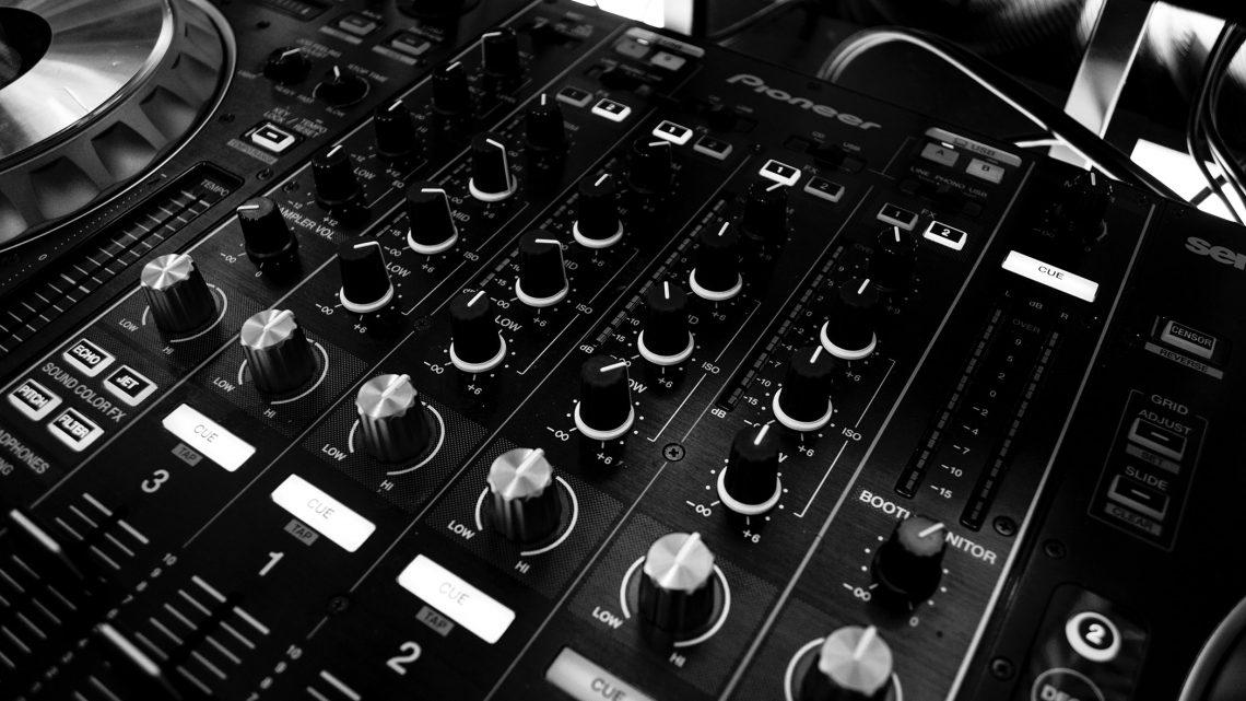 Dit heb je nodig om thuis muziek te produceren